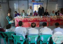 Members of the Advisory Commission on Rakhine State meet with representatives of the Kaman community at the Kyauk Ta Lone IDP camp in Kyawkpyuh township on January 18, 2017. (Photo by Flair Eyes/Advisory Commission on Rakhine State)